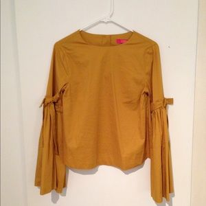 NWT Bell sleeve top